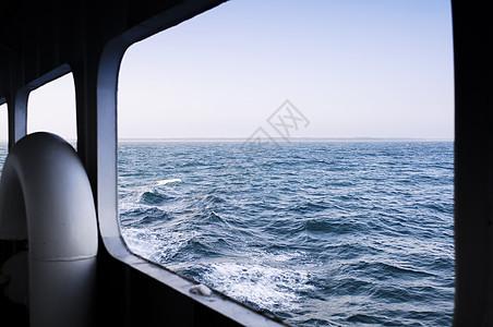 游轮外的大海图片