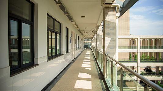 学校的走廊图片
