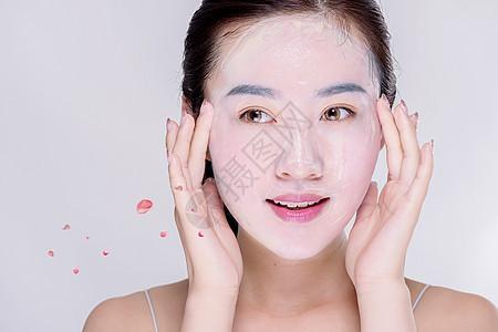 女性水面膜图片