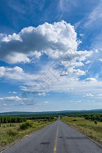 云与路图片