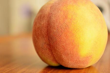新鲜黄桃图片