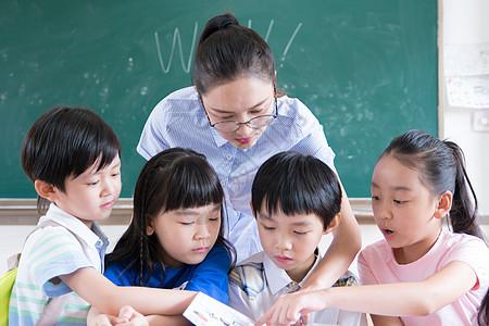 教师节老师与学生图片