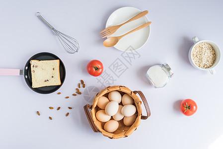 鸡蛋面包早餐图片