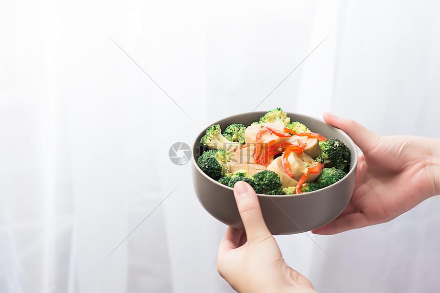 一碗青菜西兰花杏鲍菇图片