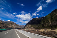 雪山公路图片