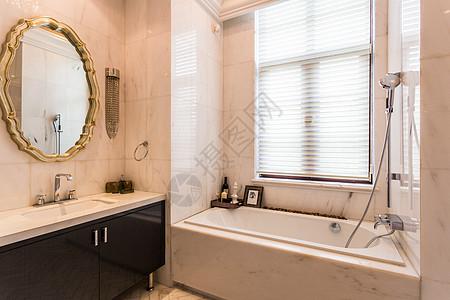 欧式简洁卫生间图片
