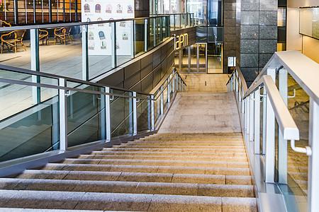 上海商场设施大气楼梯图片