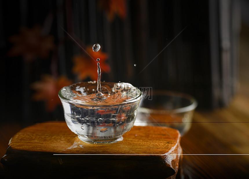 白酒酒花图图片