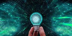 科技创意灯泡图片