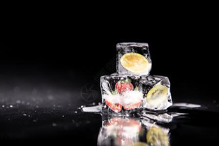 冰与果之歌图片