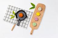 八月十五中秋节美味糕点月饼图片