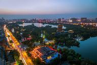 鸟瞰济南大明湖图片