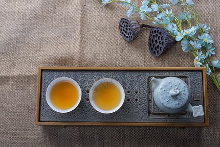 茶具和红茶图片