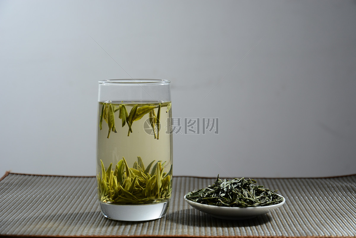 安吉白茶与黄山毛峰