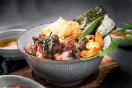 日式牛肉饭图片