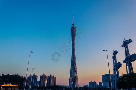 夕阳下的珠江新城图片