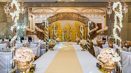 金色宫殿系婚礼舞台图片