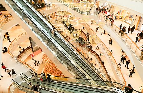 上海万象城交叉电梯图片