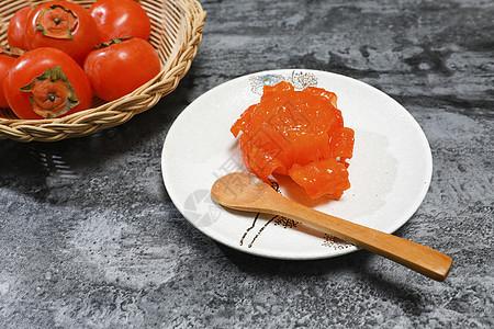 秋天熟透了的柿子图片
