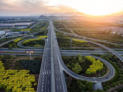 航拍北京郊区怀柔桥图片