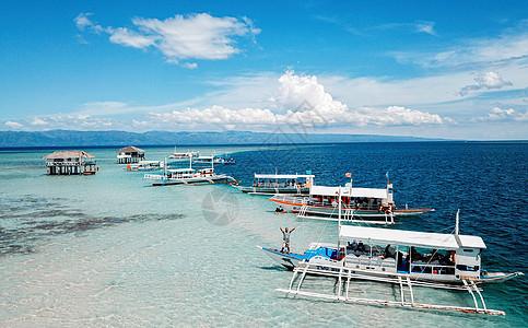 碧蓝的海边杜马盖地图片