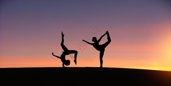 健康养生瑜伽动作图片