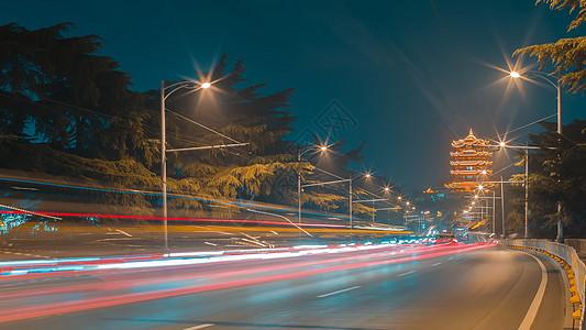 武汉街景车轨夜景图片