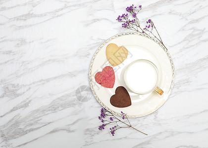 牛奶饼干搭配的营养早餐图片