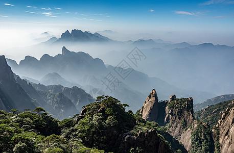 江西三清山云雾山峰风光图片