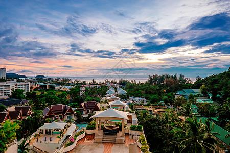 泰国普吉岛傍晚火烧云美景图片