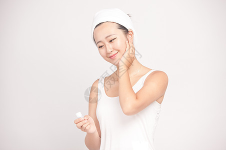女性肌肤保养图片