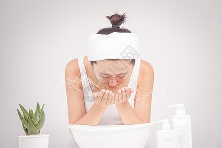 洗脸护肤肌肤呵护图片