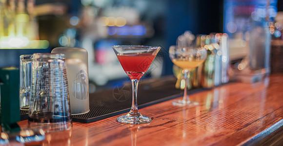 酒吧鸡尾酒图片
