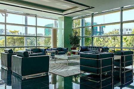 酒店合作交流中心休息区的环境图片