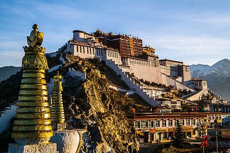 西藏拉萨布达拉宫日出图片
