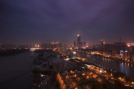 武汉黄昏长江中轴图片