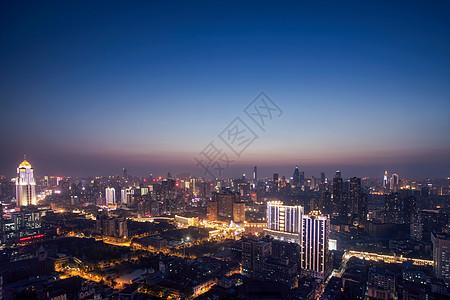 登高俯瞰武汉黄昏图片