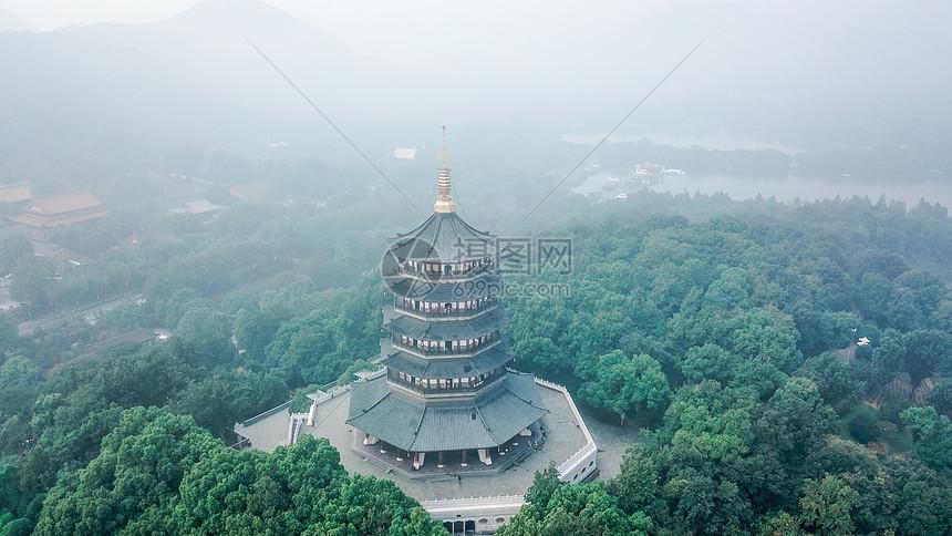 航拍杭州西湖雷峰塔图片