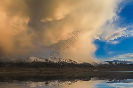 茶卡盐湖日落图片