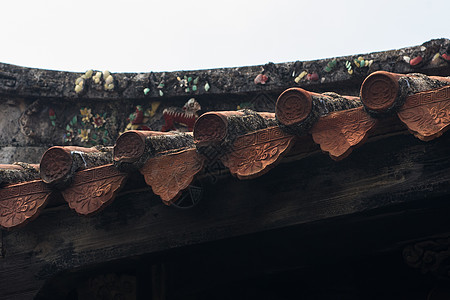 屋檐下的瓦当图片