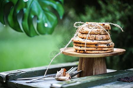 秋季风格曲奇户外野餐图片