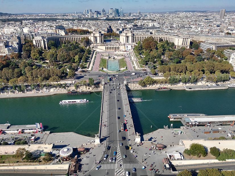 俯拍的巴黎城市景观图片