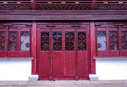 中国古建筑对称门扇背景图片