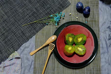 欧式简约风食物图片