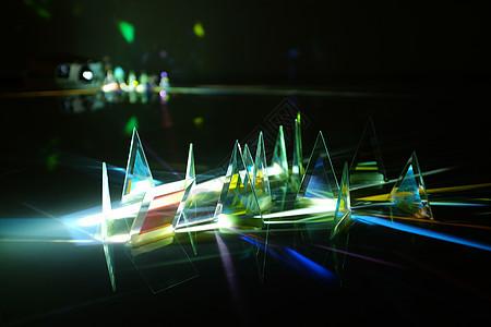 玻璃的反射光线图片