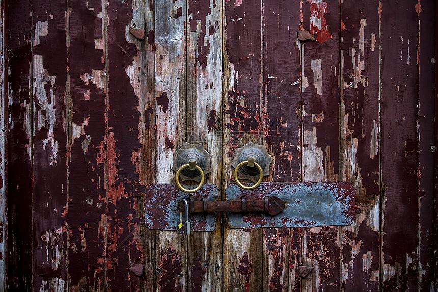 古老的红门图片