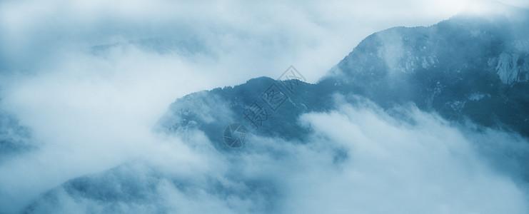 云蒸雾绕图片