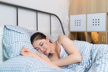 家居生活睡眠女孩图片