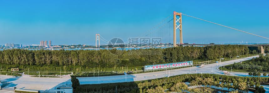 武汉阳逻长江大桥全景接片图片