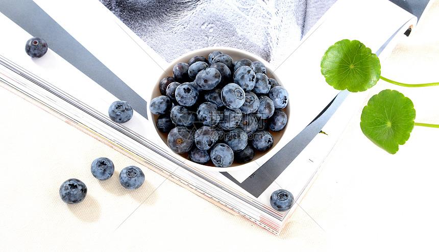 新鲜水果进口蓝莓图片